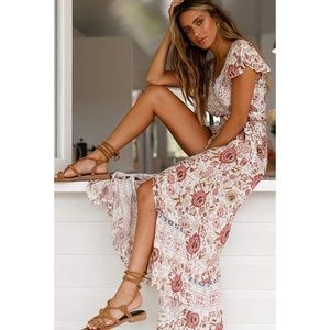 Dresses & Skirts - Floral Print Boho Maxi Dress